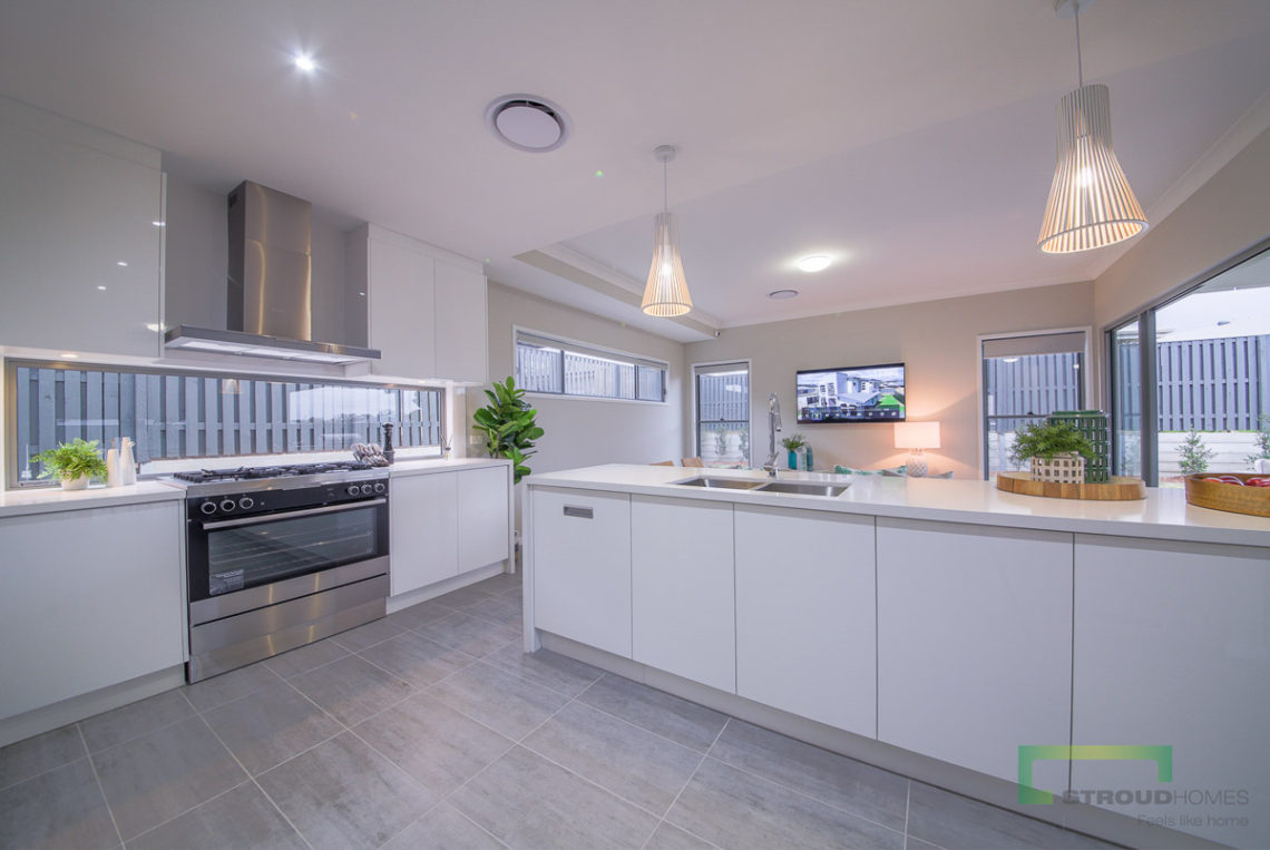 Stroud-Homes-New-Zealand-New-Home-Design-Piha303-12